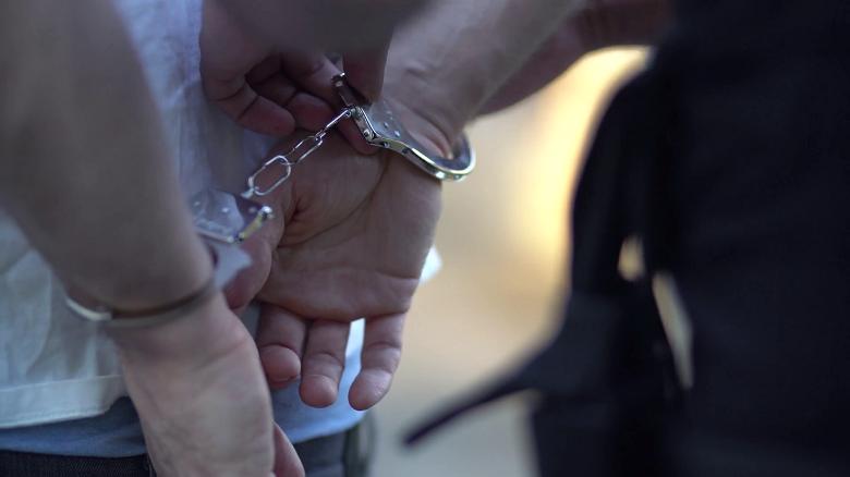 Задържаха под стража мъж от Добрич, обвинен в държане на различни наркотици с цел разпространение