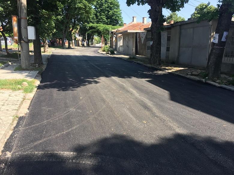 Над 30 улици са цялостно асфалтирани по водния проект