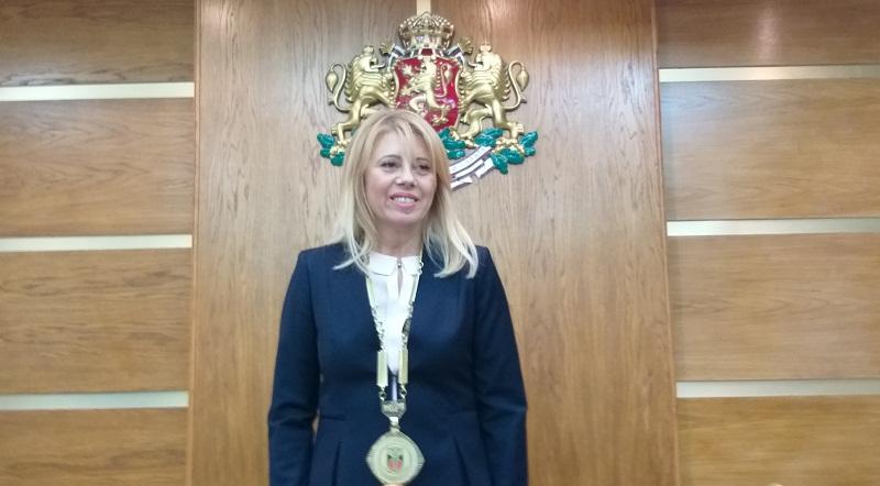 Соня Георгиева: Ще работя за намаляване на таксите в детските градини, това е първата стъпка за задържане на младите хора