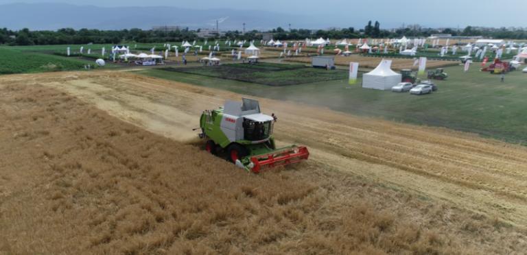 Над 34 земеделски машини продават от НАП до края на месеца