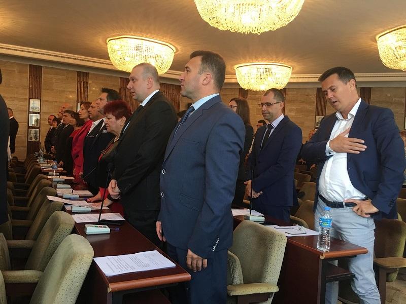 40% от възнаграждението на председателя на местния парламент в Добрич ще получават общинските съветници