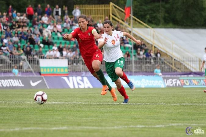 """Димитра Жечкова: """"Футболът не е само мъжки спорт!"""""""