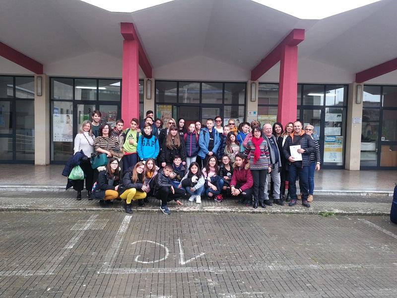 Млади спортисти от училището за шампиони в Добрич посетиха град Малие в Италия по проект