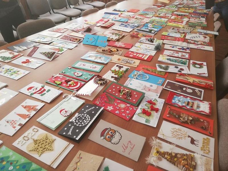 Община Добрич определи победителите в конкурса за коледна картичка