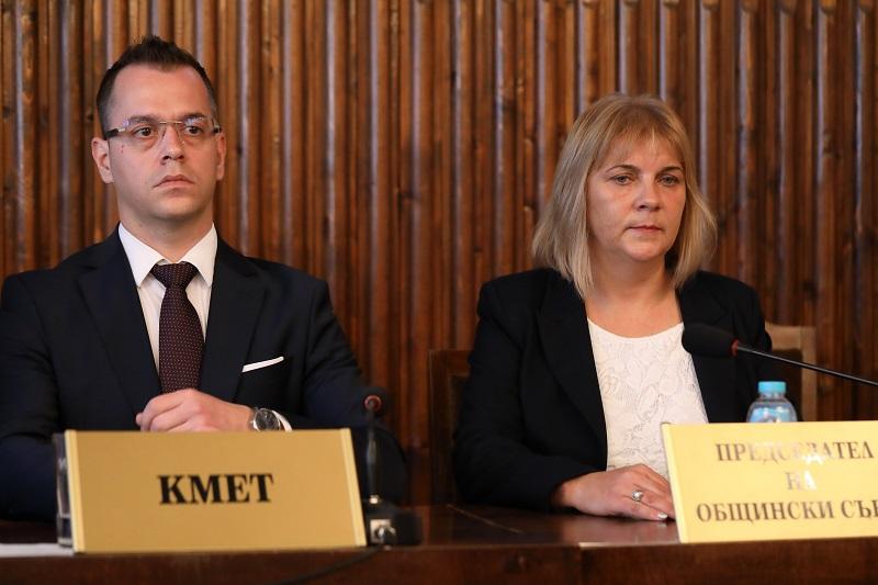 Йордан Йорданов и председателят на ОбС - Добрич участват във форума на НСОРБ