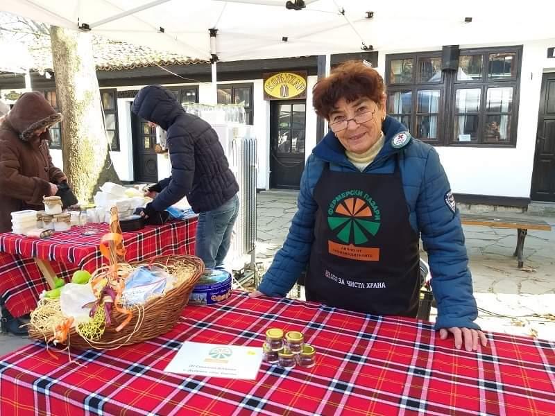 Червеното злато на подправките представят на Фермерския пазар в Добрич