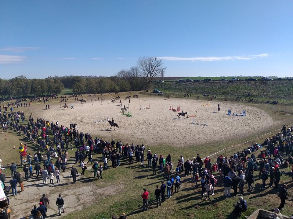 Стотици добруджанци събра турнирът по конен спорт в с. Малка Смолница