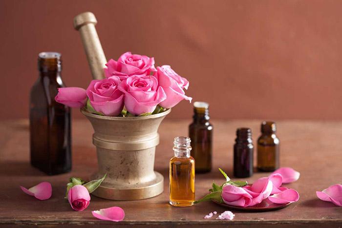 Розово масло – приложения и ползи