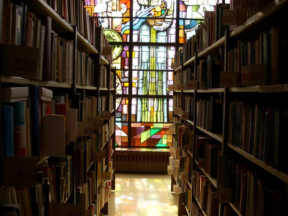 """Регионалната библиотека """"Дора Габе"""" в Добрич се включва виртуално в Похода на книгите"""