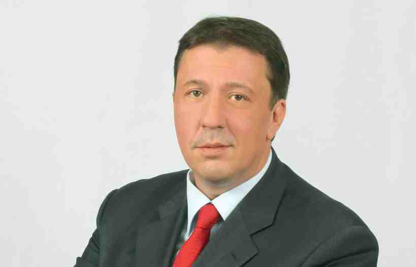 Явор Куюмджиев: Цената на тока може да падне за домакинствата