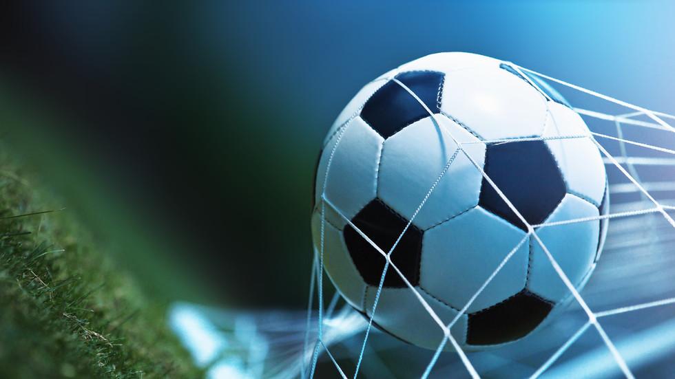 Подновяват футболното първенство от 5 юни