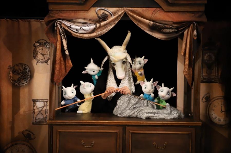 Кукленият театър в Добрич с три представления в почивните дни