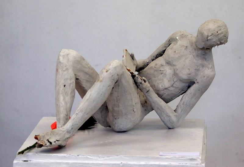 Художествената галерия в Добрич получи дарение от скулптури и рисунки