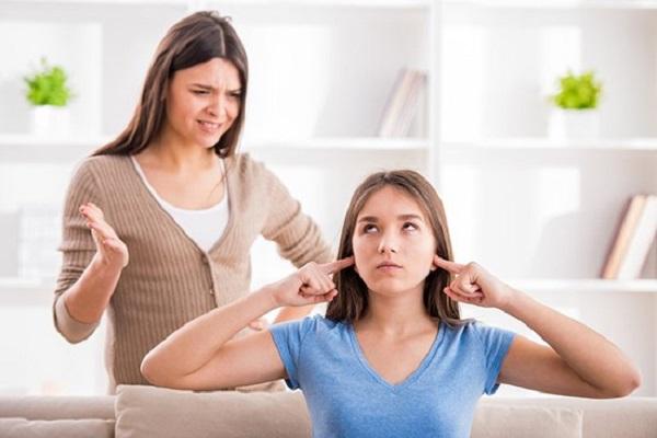 """Уебинар """"Предизвикателствата на тийнейджърството"""" организира ЧОУ """"Мария Монтесори"""""""