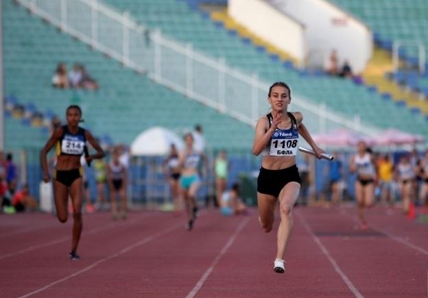 Вержиния Костадинова финишира седма при момичетата под 16 години