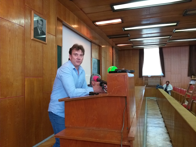 Доц. Галин Георгиев: Добивът на слънчоглед се очаква да бъде от 250 до 300 кг от декар
