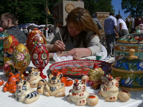 Покана за участие в международен онлайн фестивал на занаятчиите получи Община Добрич