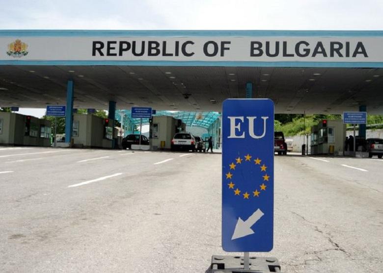 От днес гражданите на Украйна и Йордания могат да влизат в България без PCR тест