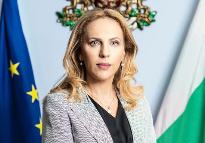 Министърът на туризма: В курортите по Черноморието няма нито един случай на заразен или болен от COVID-19