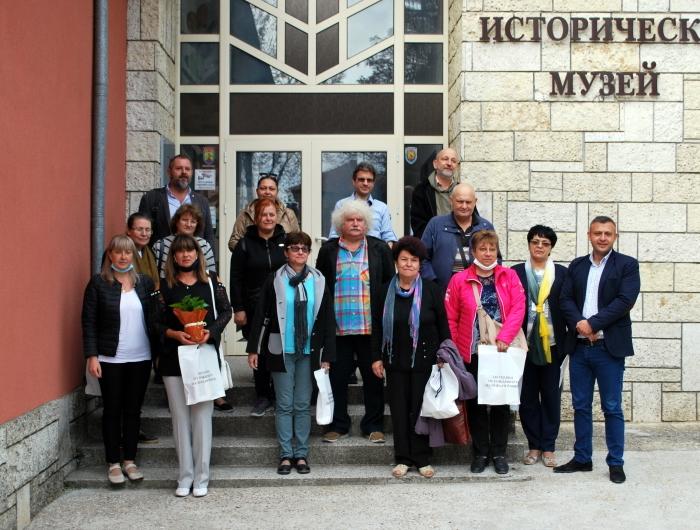 Изложба от архивни снимки и документи разкрива живота на Йордан Йовков в Историческия музей на Генерал Тошево