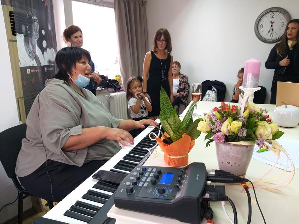 Нели Грегъри официално откри новата майсторска школа по пеене в Добрич