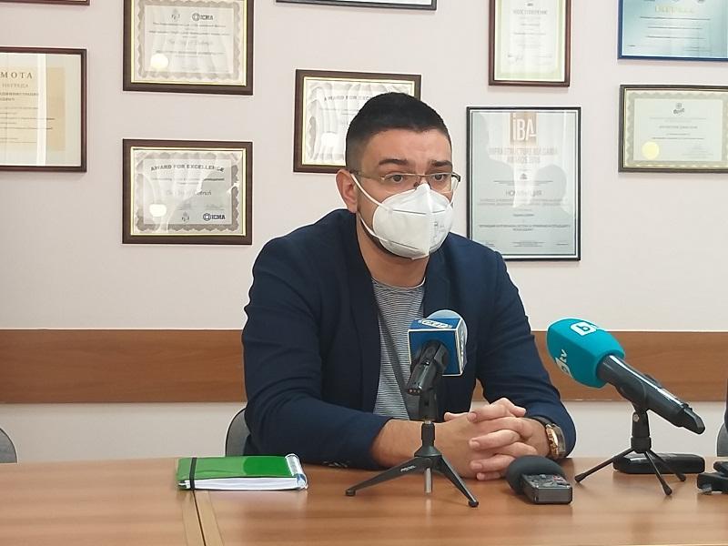 Д-р Желязков: Към момента няма желаещи здравни специалисти, които да работят извън Ковид-сектора на болницата