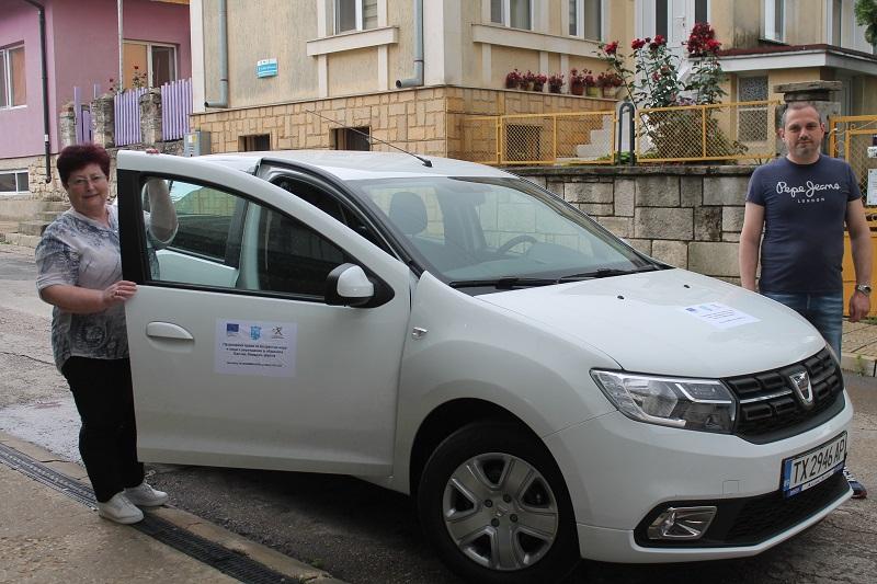 Община Каварна закупи автомобил по проект за предоставяне на здравни услуги на хора от уязвимите групи в отдалечени населени места
