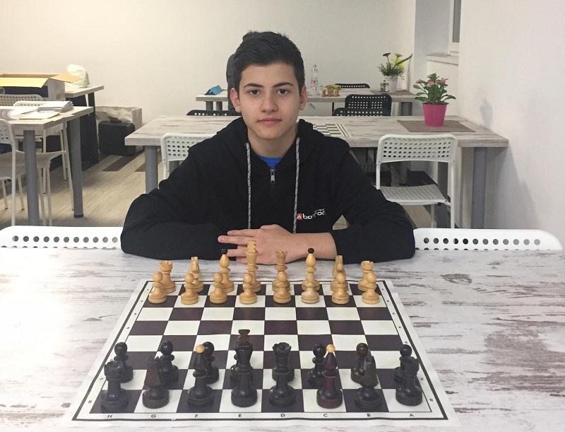 Шахматистът Момчил Петков с трети успех в Будапеща