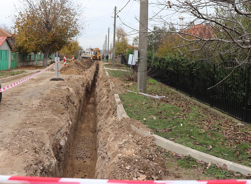 Започна подмяната на част от водопроводите в генералтошевското село Люляково