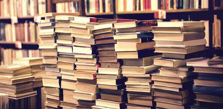 """Асоциацията """"Българска книга"""" наблюдава 30% спад в продажбите на книги през 2020 г."""