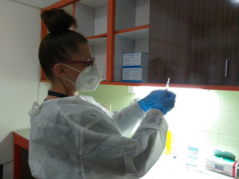 В три кабинета в област Добрич ще се поставят ваксини срещу COVID-19