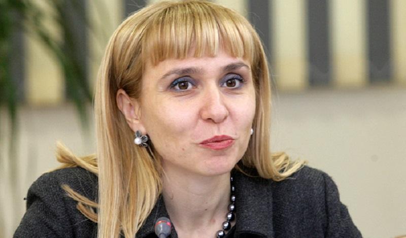 Омбудсманът Диана Ковачева иска отмяна на матурите за 4-и и 10-и клас