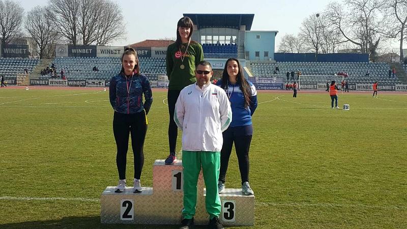 """С 9 медала се завърнаха лекоатлетите от СКЛА """"Добрич"""" от Национален шампионат по хвърляния"""