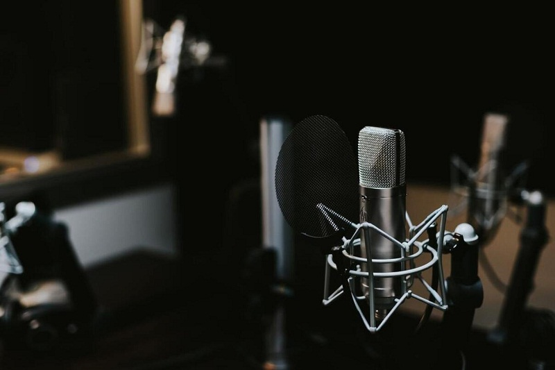 Едно момиче мечтае за Космоса - слушайте днес по Радио 99!