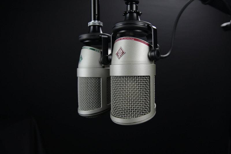 За символиката на шевиците и цветовете, слушайте днес по Радио 99