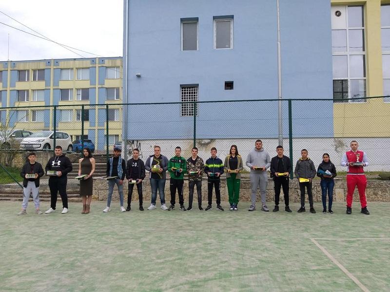 Наградиха изявилите се спортисти в училището за шампиони в Добрич
