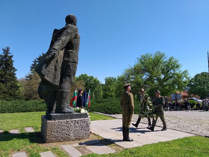 Добрич отбеляза тържествено Деня на победата и Деня на Европа
