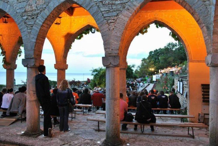 "Рекорден брой участници в X Международен хоров фестивал ""Черноморски звуци"" в Балчик"
