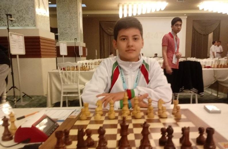 Шахматистът Момчил Петков продължава да следва мечтите си