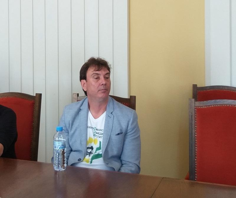 Галин Георгиев: Все повече се търси слънчоглед, устойчив на синя китка