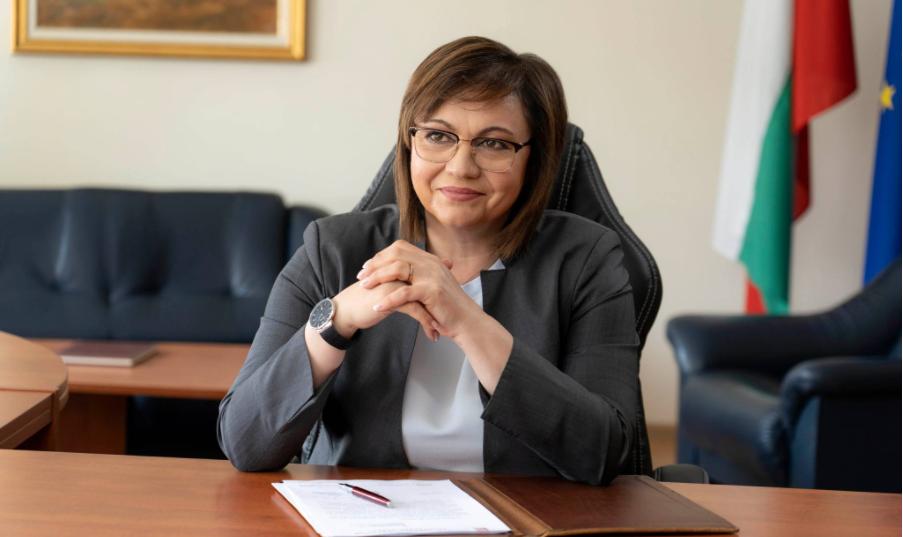 Корнелия Нинова подписва с още 6 партии