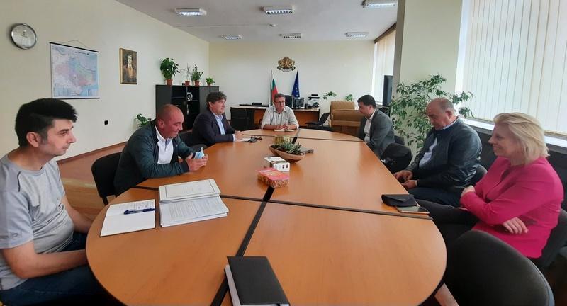 ВиК – Добрич и Община Добричка ще търсят трайно решение на проблема с водоподаването в с. Стожер
