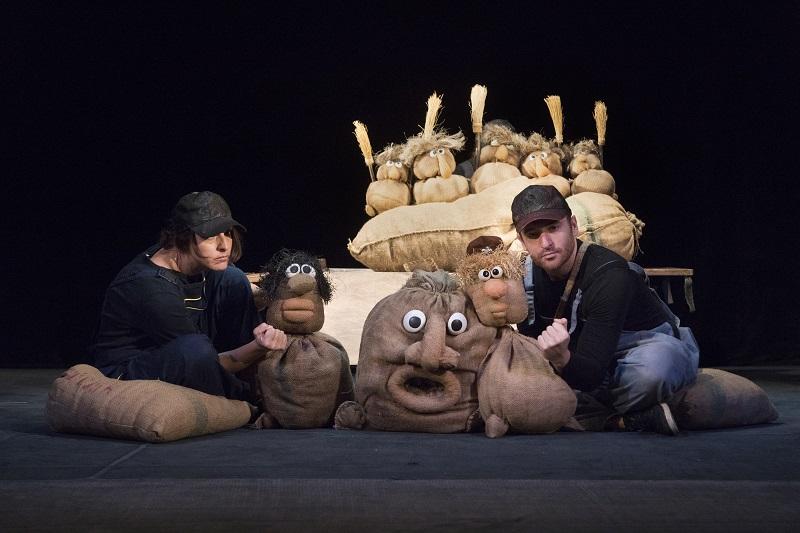 Кукленият театър в Добрич кани на премиера зрители от 4 до 104 години