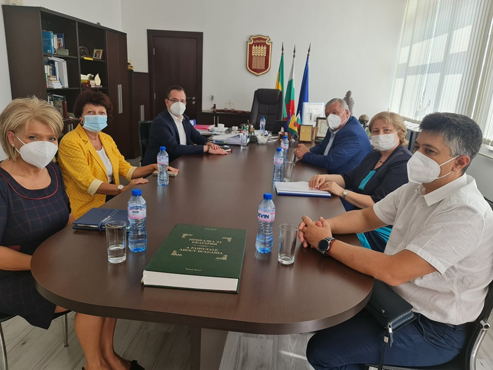 Ръководството на Община Добрич проведе работна среща с ректора на Медицински университет Варна