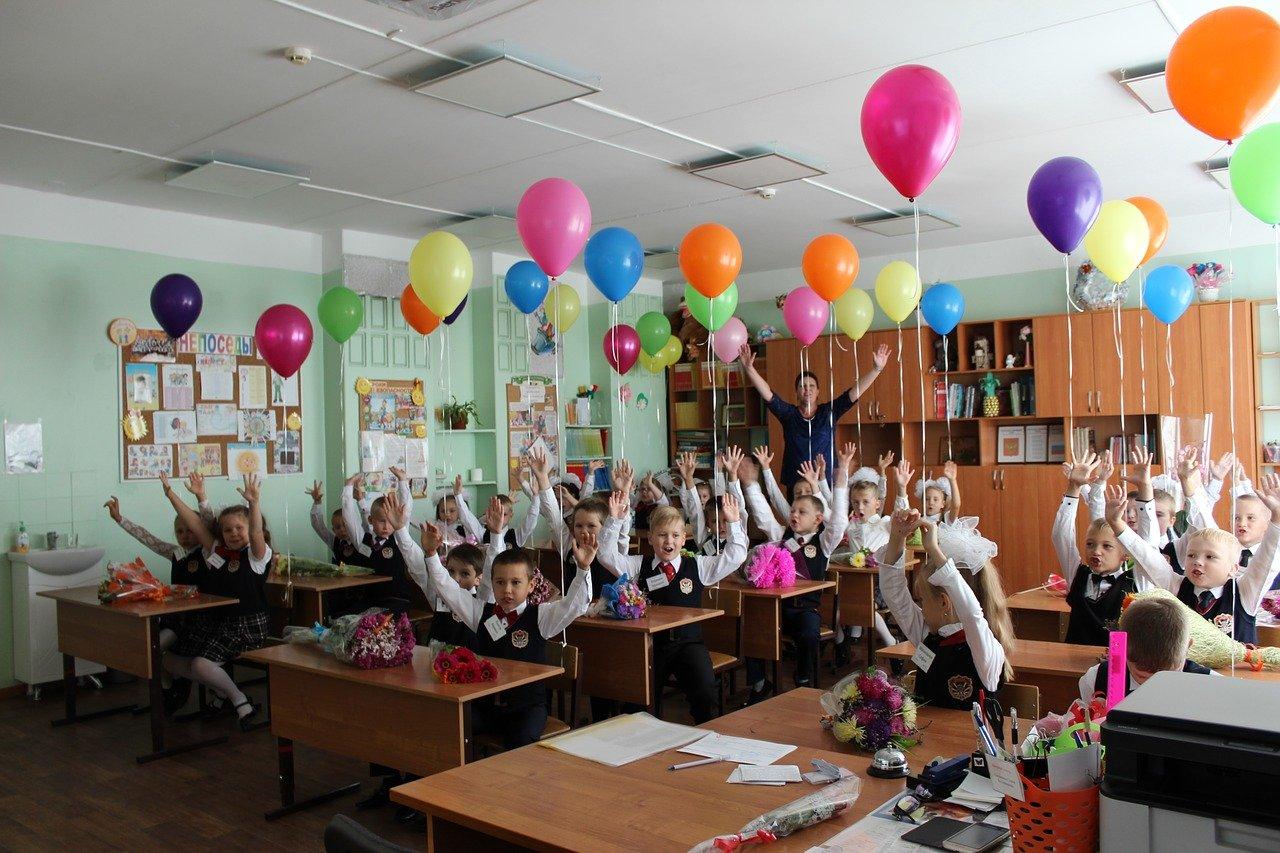 Първият учебен ден по света – традиции и обичаи