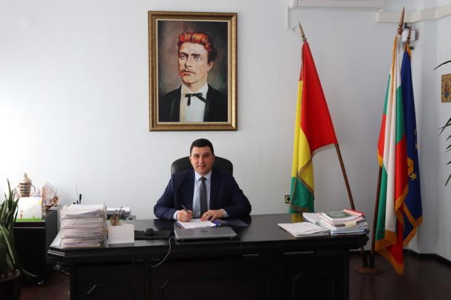 Валентин Димитров: Нека новата учебна година бъде успешна и ползотворна!