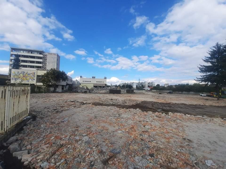Търговски комплекс с модерно кино ще бъде изграден на мястото на бившия обувен завод в Добрич
